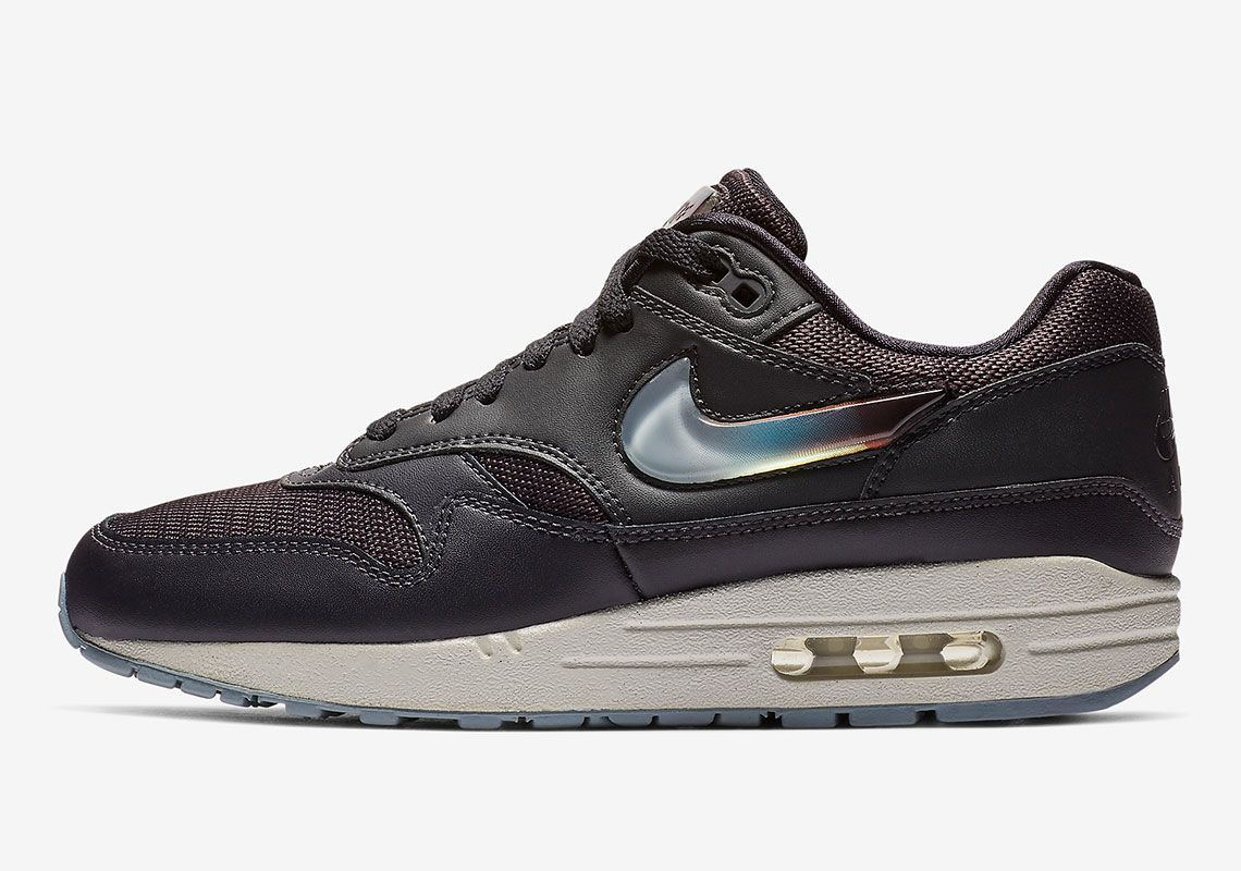 new styles f5731 92019 The Nike Air Max 1 Gets Oversized Jewel Swoosh Logos And Tongue Labels