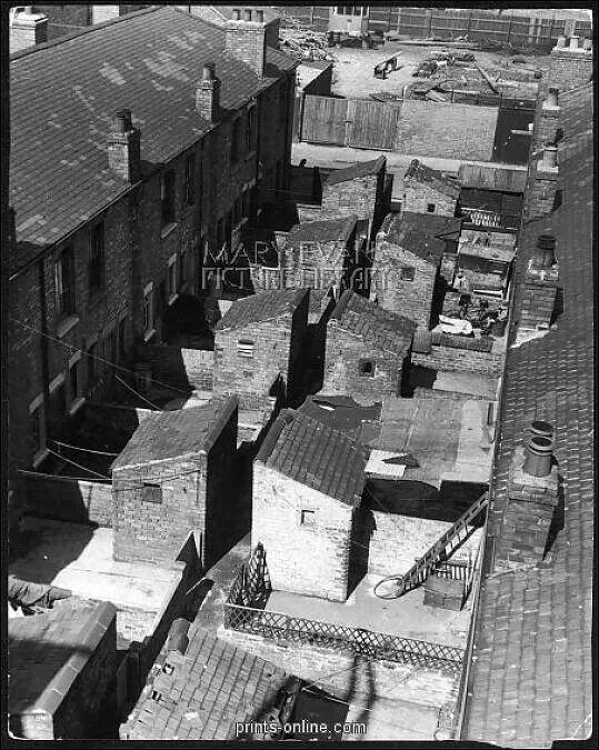 Bath street grimsby old grimsby pinterest slums for Bathroom design grimsby