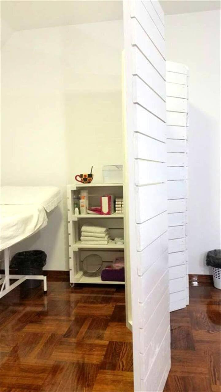 Pallet room divider shelf and desk for clinic pallets pro