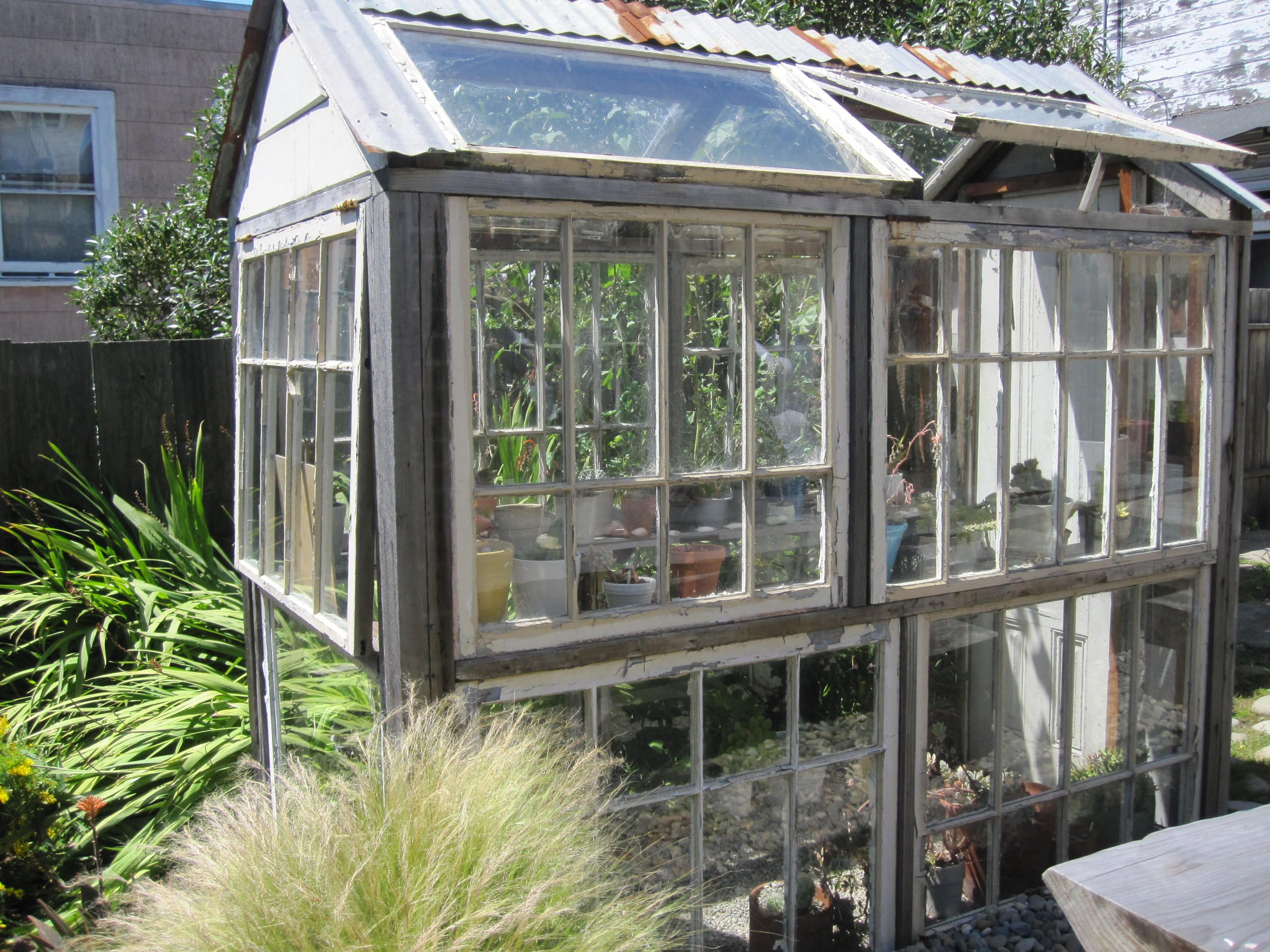 How Do I Build A Greenhouse In My Backyard | Homideal