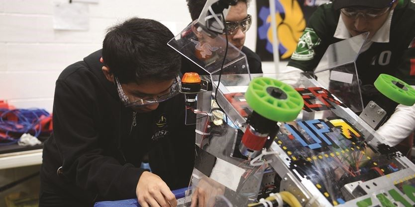 0ee0aa00a20 Robots can give you a career edge  Durham College students share experience  at FIRST Robotics competition  college
