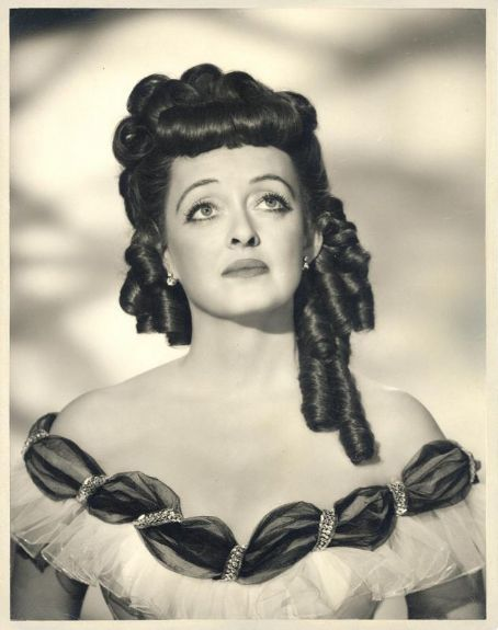 Publicity shot for All About Eve  the bette davis
