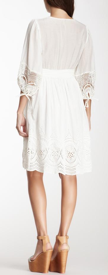 love the lace details
