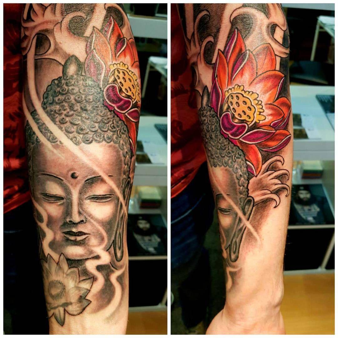 Avant bras en cours sur johan portrait tattoo tatoos