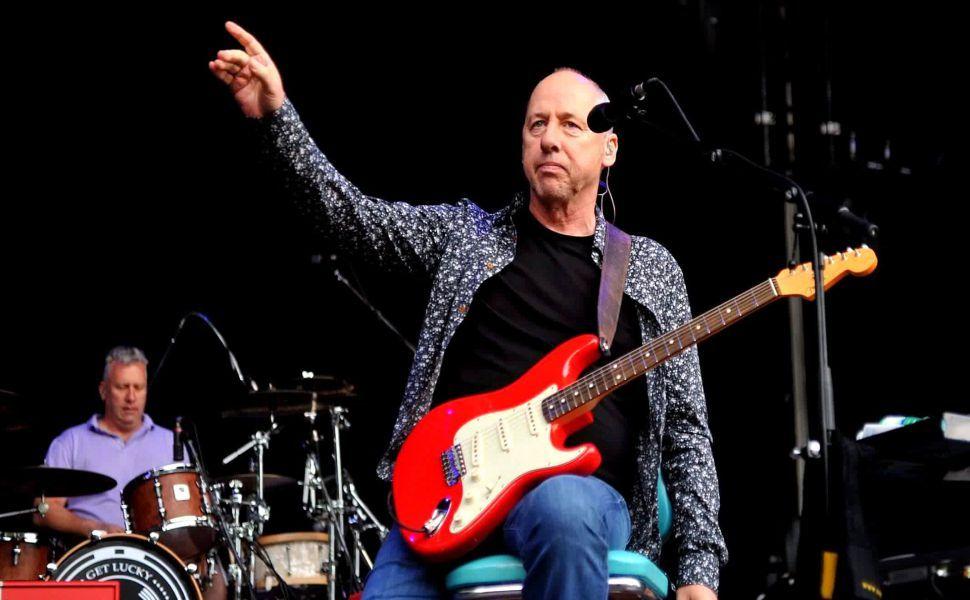Mark Knopfler Guitar Hd Wallpaper Mark Knopfler Sultans Of Swing Guitar