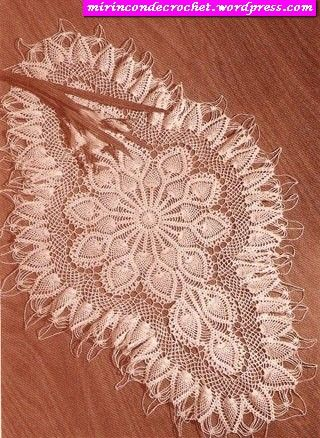cen1.jpg (320×438)   newtab   Pinterest   Entrada, Crochet manteles ...