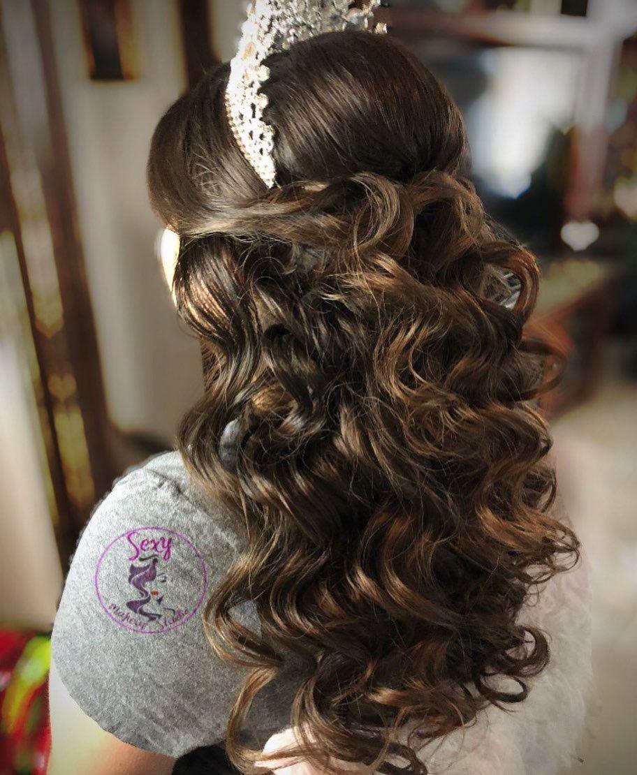 78 Half Up Half Down Quinceanera Hairstyles Hairstyle Half Up Half Down In 2020 Quince Hairstyles Quinceanera Hairstyles Hair Styles