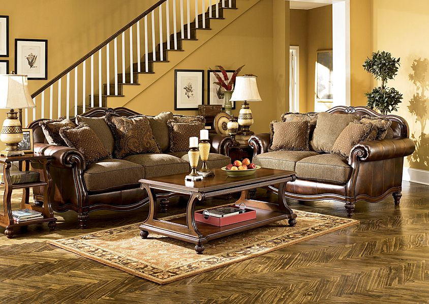 Jennifer Convertibles Sofas Sofa Beds Bedrooms Dining Rooms More Claremore Antique Sofa Loveseat Antike Wohnzimmer Wohnzimmer Set Ashley Mobel