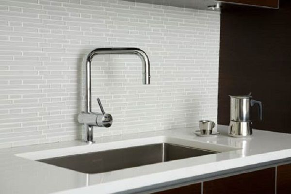 white glass backsplash tiles