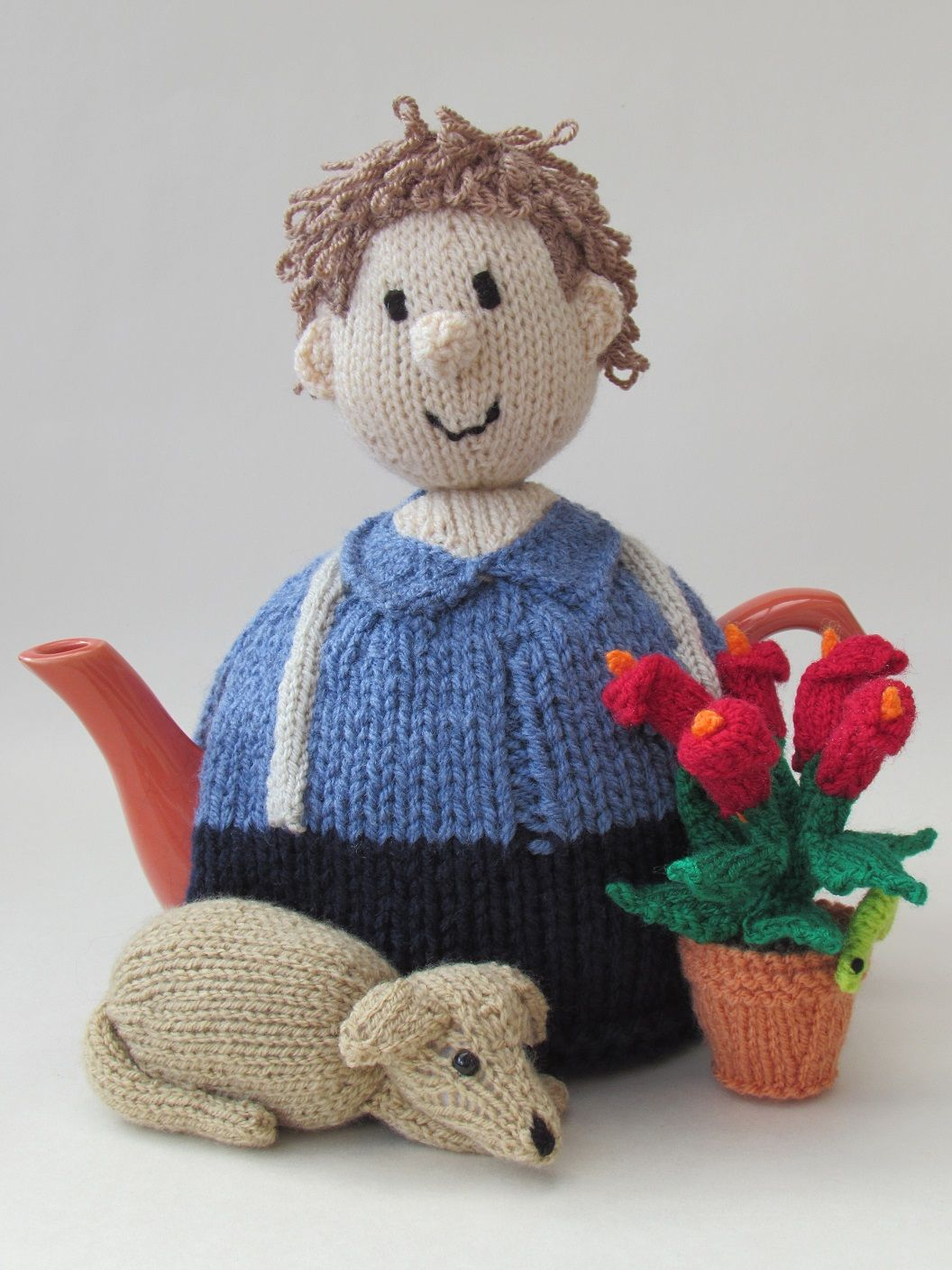 New gardener tea cosy design from teacosyfolk httpwww you can buy the gardener tea cosy as a finished hand crafted tea cosy or as a gardener tea cosy knitting pattern bankloansurffo Images