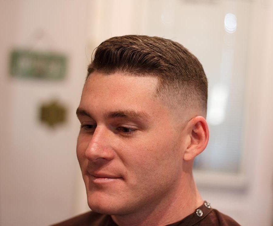 Haarschnitt Des Militars Neue Frisuren Militarhaarschnitte Haarschnitt Manner Manner Frisur Kurz