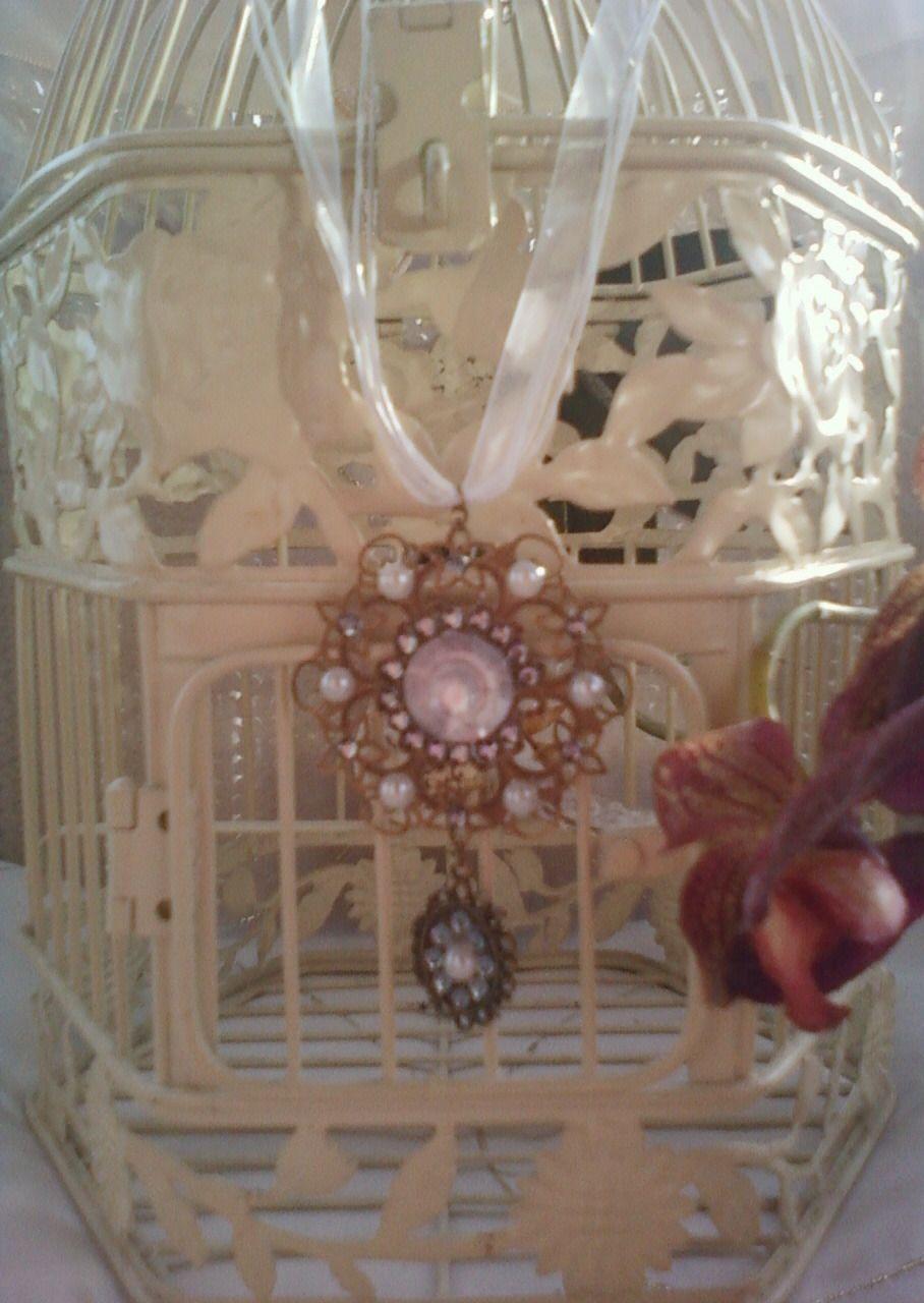 collier pendentif médaillon bronze et organza blanc : Collier par chely-s-creation