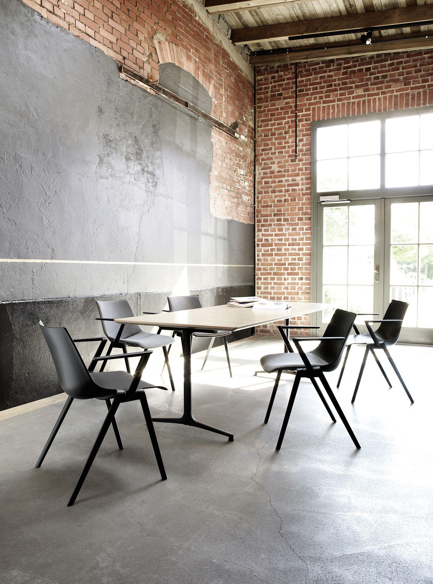 mAx conference table | range 460 / 465 | Design by Andreas Störiko ...