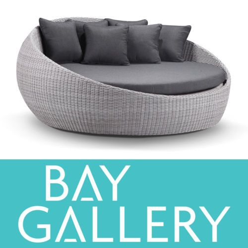Large-Outdoor-Wicker-Round-DayBed-Lounge-Sofa-Couch-Pool ...