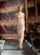 Andres Aquino dèfilé couture NY #lasemainedelamode #robe #femme #automnehiver2012 # mode #andresaquino
