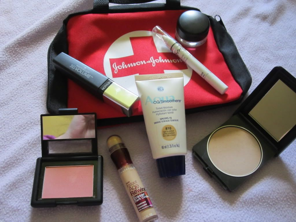 Because feeling good about how you look is worth a little space in your emergency supplies. This would fit into a 72 hour kit easily. Be sure to stock you fave moisurizers, makeup, even hair color in your storage, then rotate them out to keep everything fresh. Via Bewitching Beauty: Sick Girl's Emergency Makeup Kit!