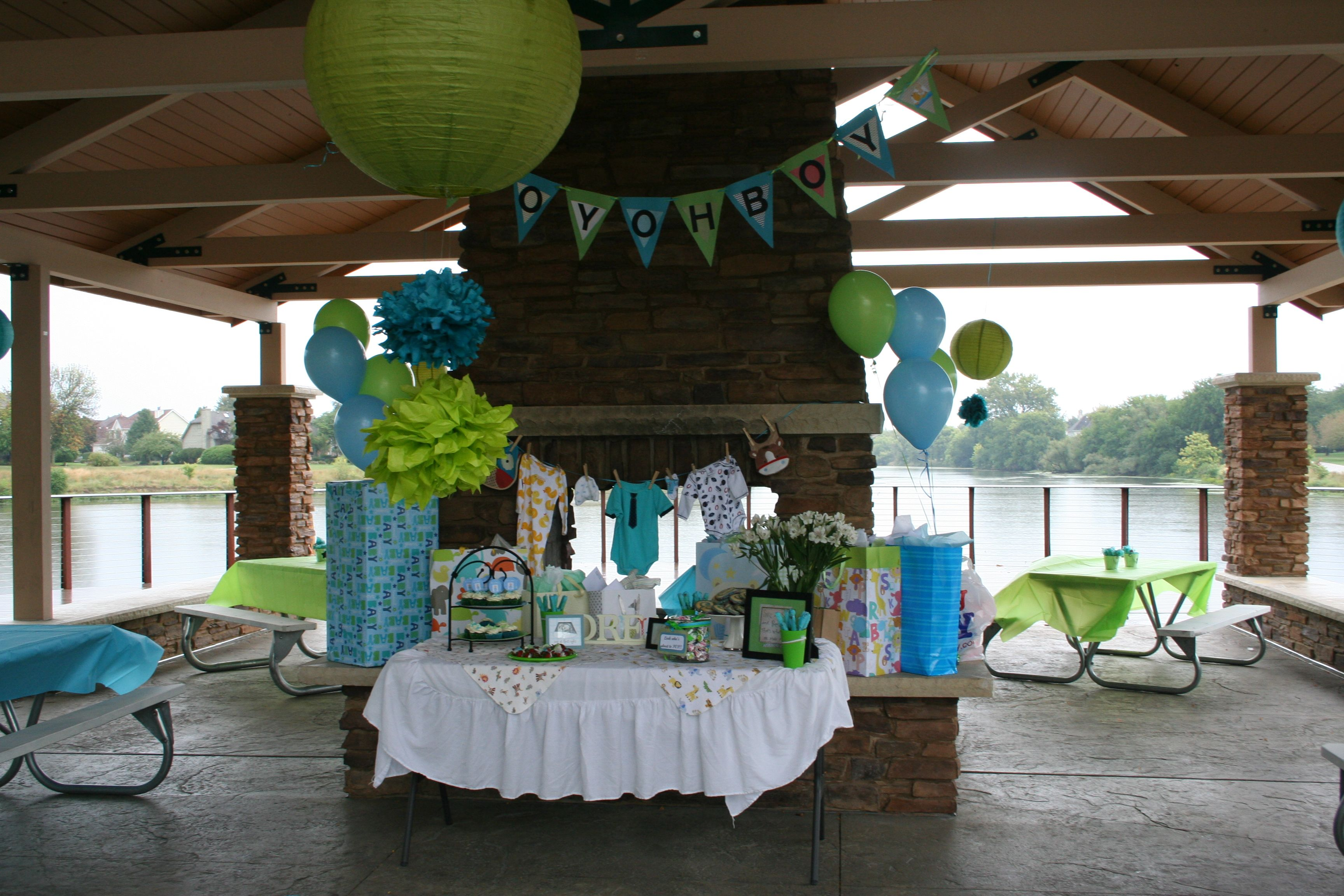Decorations For A Fun Outside: I Like The Cute Decorations, And The Splash Of A Few Diff