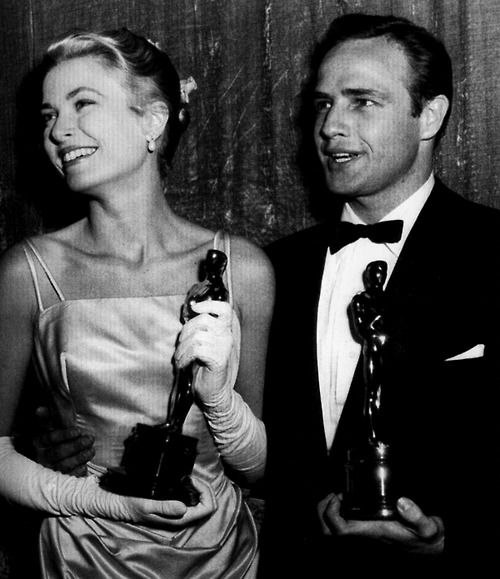 Marlon Brando With Grace Kelly Academy Awards #Brando #GraceKelly #AcademyAwards