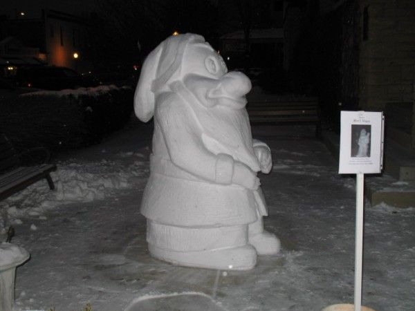Disney - Snow Sculpture