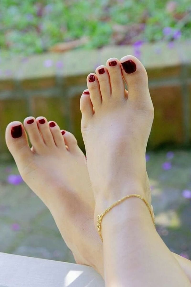 Foot jewellery: Latest trendy women's anklets/ankle bracelets 2019.
