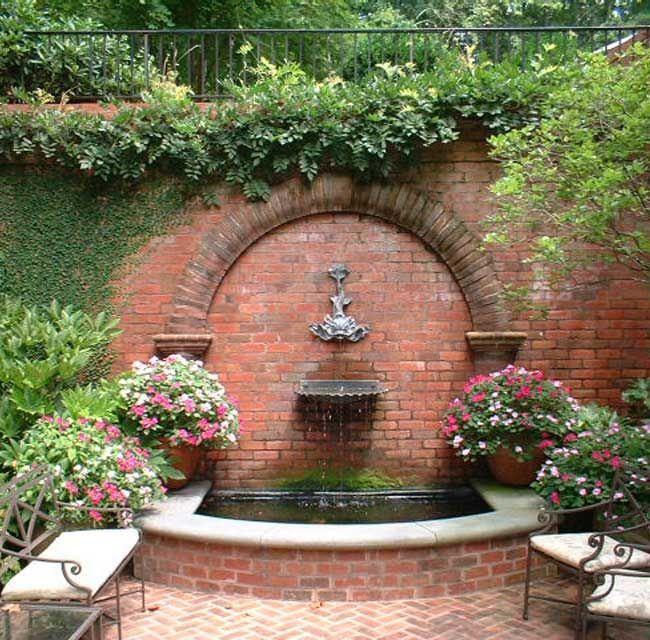 Tropical Courtyard Garden Ideas Water Features