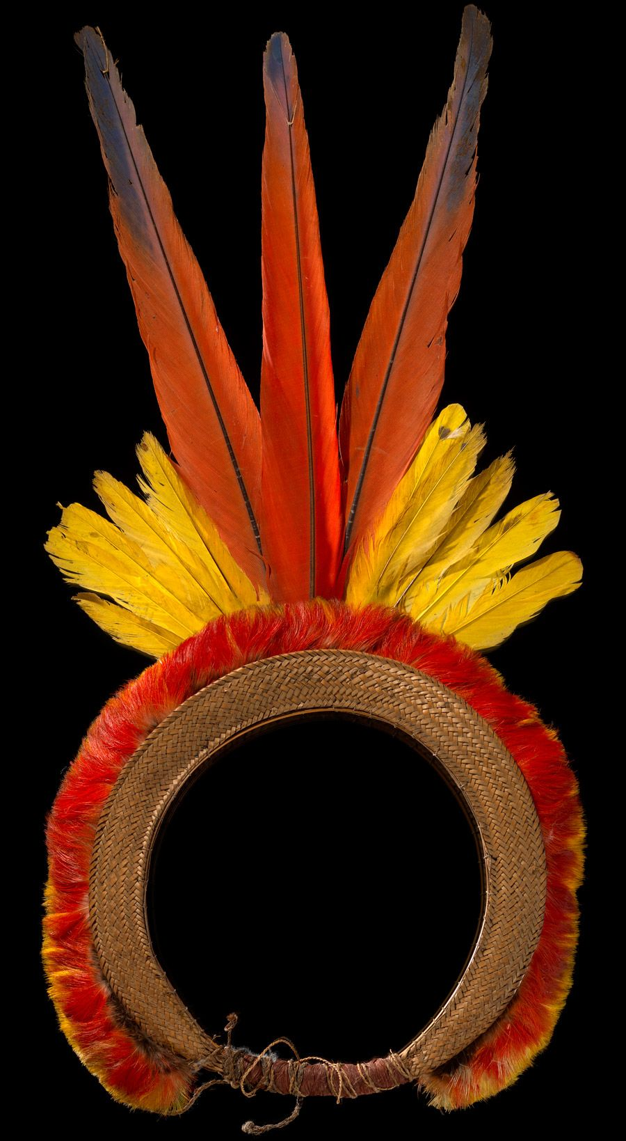 Brazil, State of Amazonas, Rio Uaupés | Tukanoan headring;  Macaw feathers, oropendola feathers, toucan feathers, wood splints, plant fiber  | ca. 1925