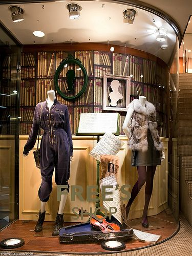a nice window display at the free 39 s shop boutique on meiji. Black Bedroom Furniture Sets. Home Design Ideas