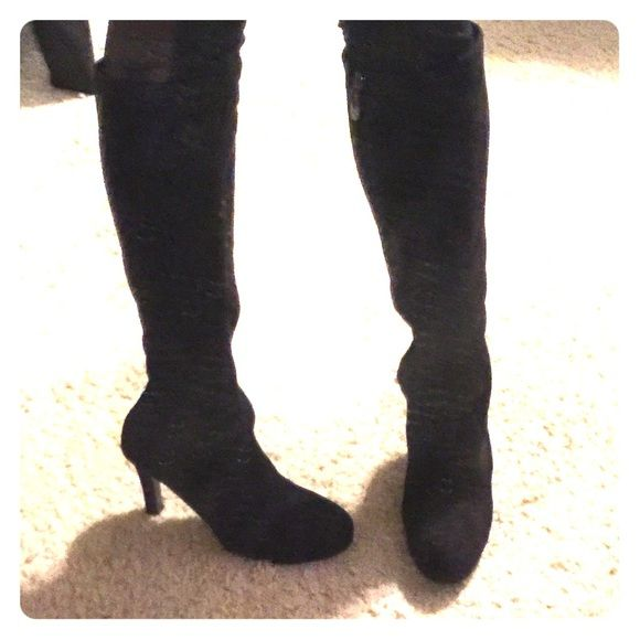 d4584feeb16 Tahari Black Suede Zip Up To The Knee Boots On trend boots that zip up and