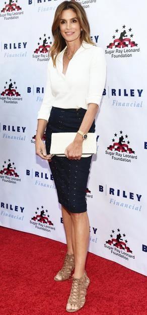 red-carpet-cindie-croford-pencil-skirt-white-shirt-fakelos-tsanta 63c1cd953cf