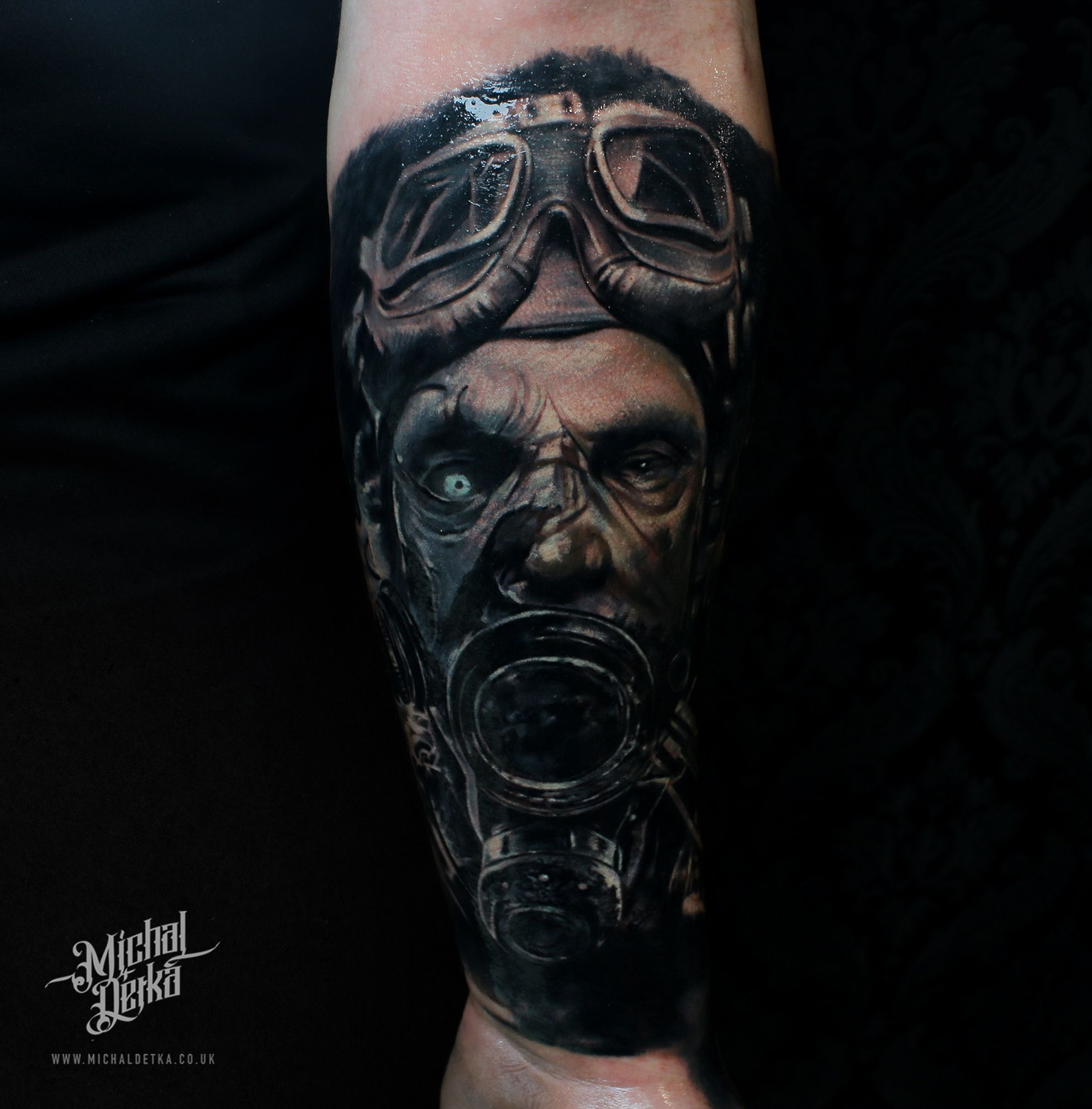 Tattoo Ideas Uk: Gas Mask Tattoo Post Apocalyptic Tattoo Designs For Men By