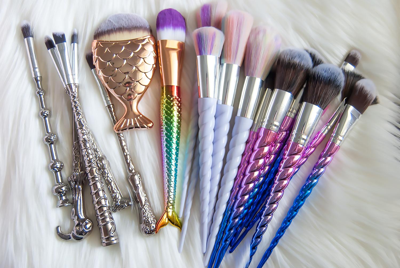 FANTASY MAKEUP BRUSH HAUL Makeup brushes, Makeup brush