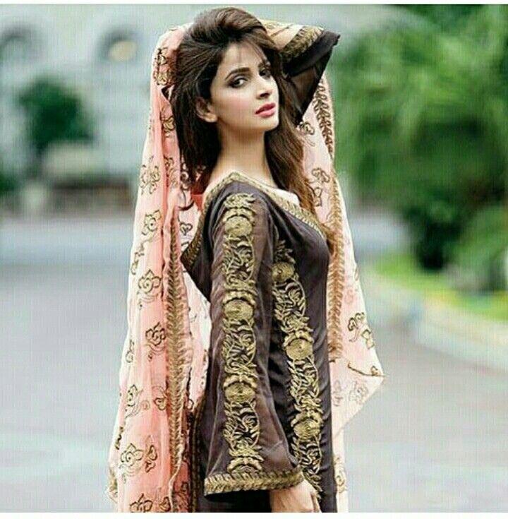 450b641456 Saba qamar | Casual Dresses | Pakistani dresses, Pakistani actress ...