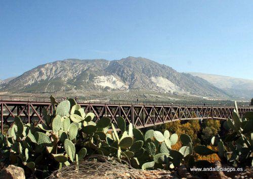"""#Granada #Dúrcal - Paisajes GPS 36º 59' 48"""" -3º 34' 27"""" / 36.996667, -3.574167    Situado en el valle de Lecrín, Dúrcal está situado entre el Mediterráneo, Granada y la Alpujarra. Desde el puente de hierro, se observan unos fantásticos paisajes de toda la zona."""