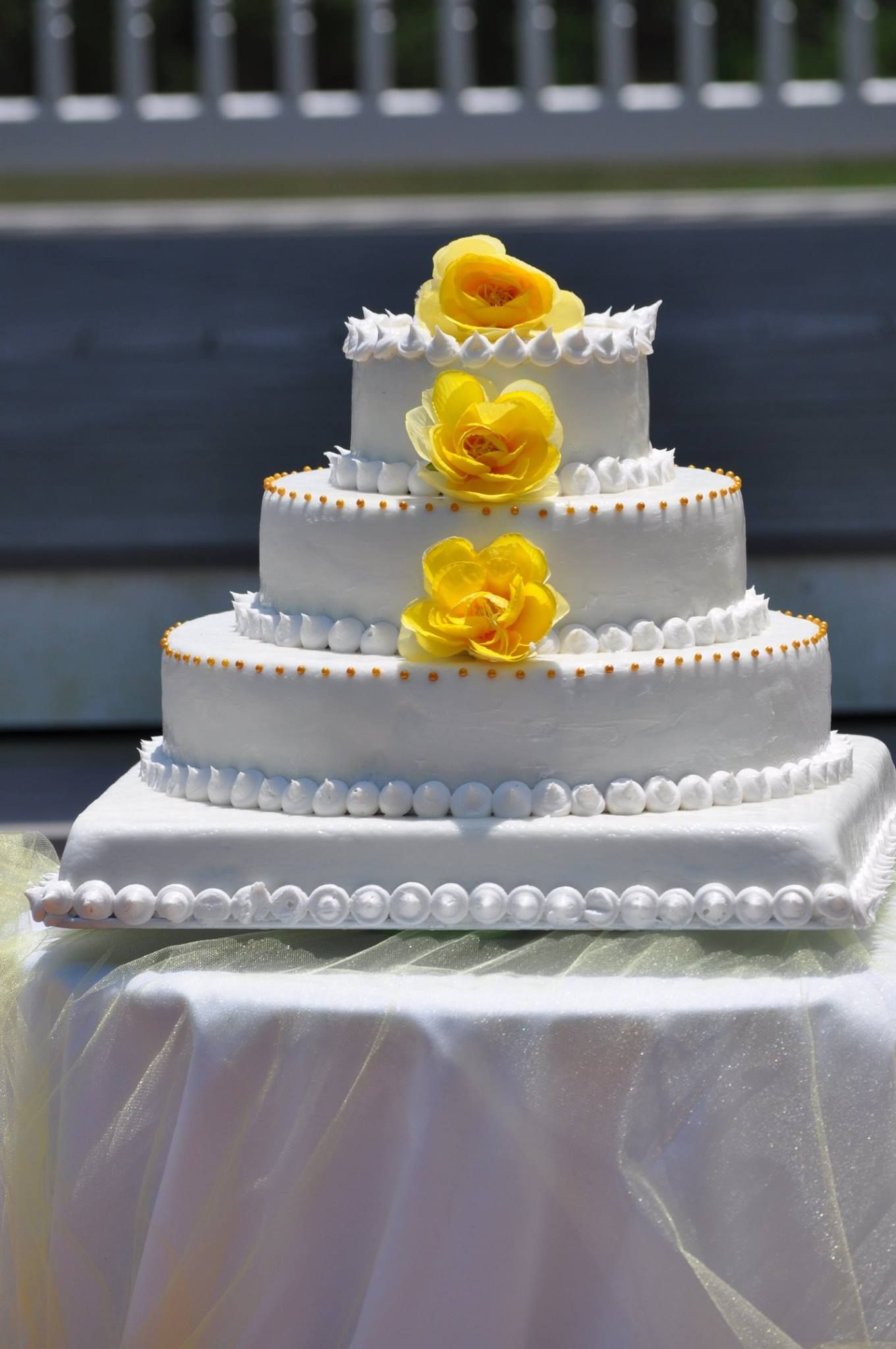 Beaufort Weddings Yellow And White Cake Made By Traditions Catering Aboard Mcrd Parris Island In