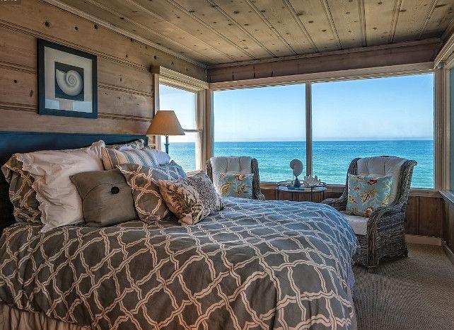 Coastal Bedroom Ideas. Rustic Coastal Bedroom decor. Beautiful cottage-y coastal bedroom. #Bedroom #CoastalBedroom #RusticCottage #RusticInteriors #CoastalInteriors