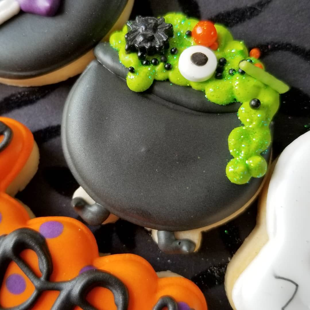 """Charlie and the Cookie Factory on Instagram """"Halloween"""