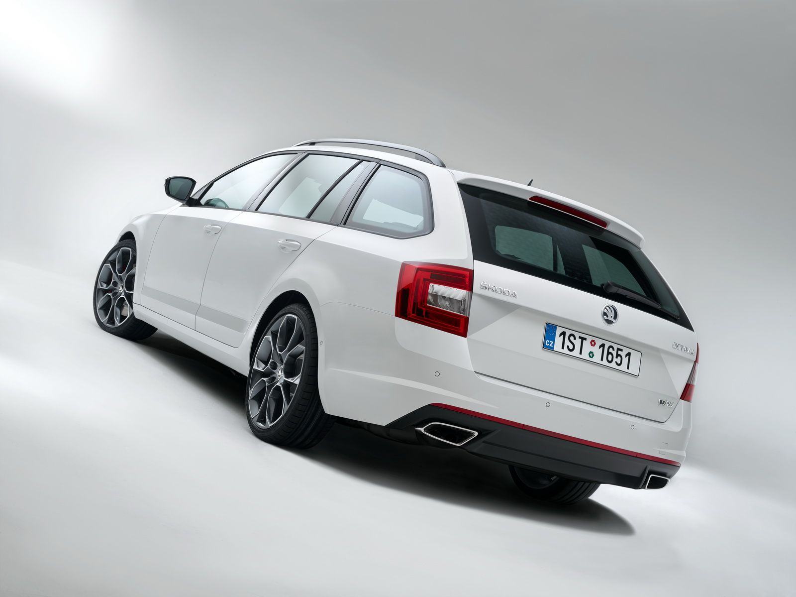 Skoda Octavia Combi Rs Iii 2013 Copyrighted By Www Skoda
