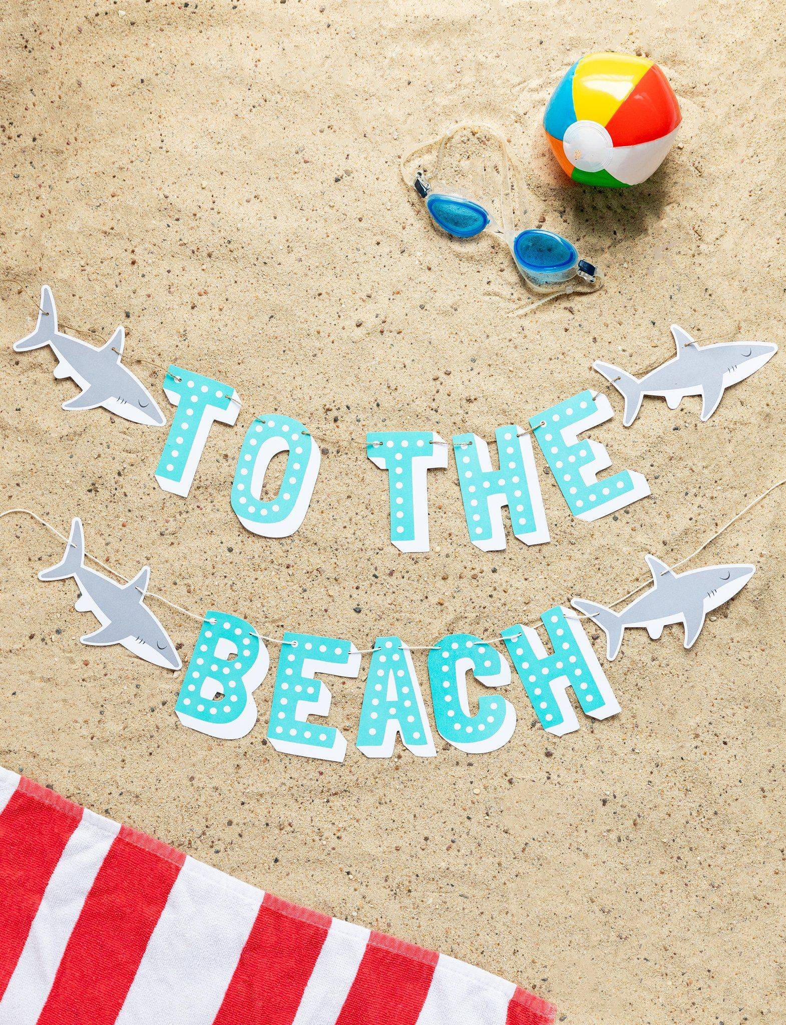 To the Beach Banner - Word Banners | My Mind's Eye #summerpoolparties