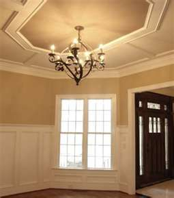 Fake Tray Ceiling Ahhh I Had To Look Twice To See It Very Clever Furniture Placement Living Room Craftsman Dining Room Small Basement Remodel