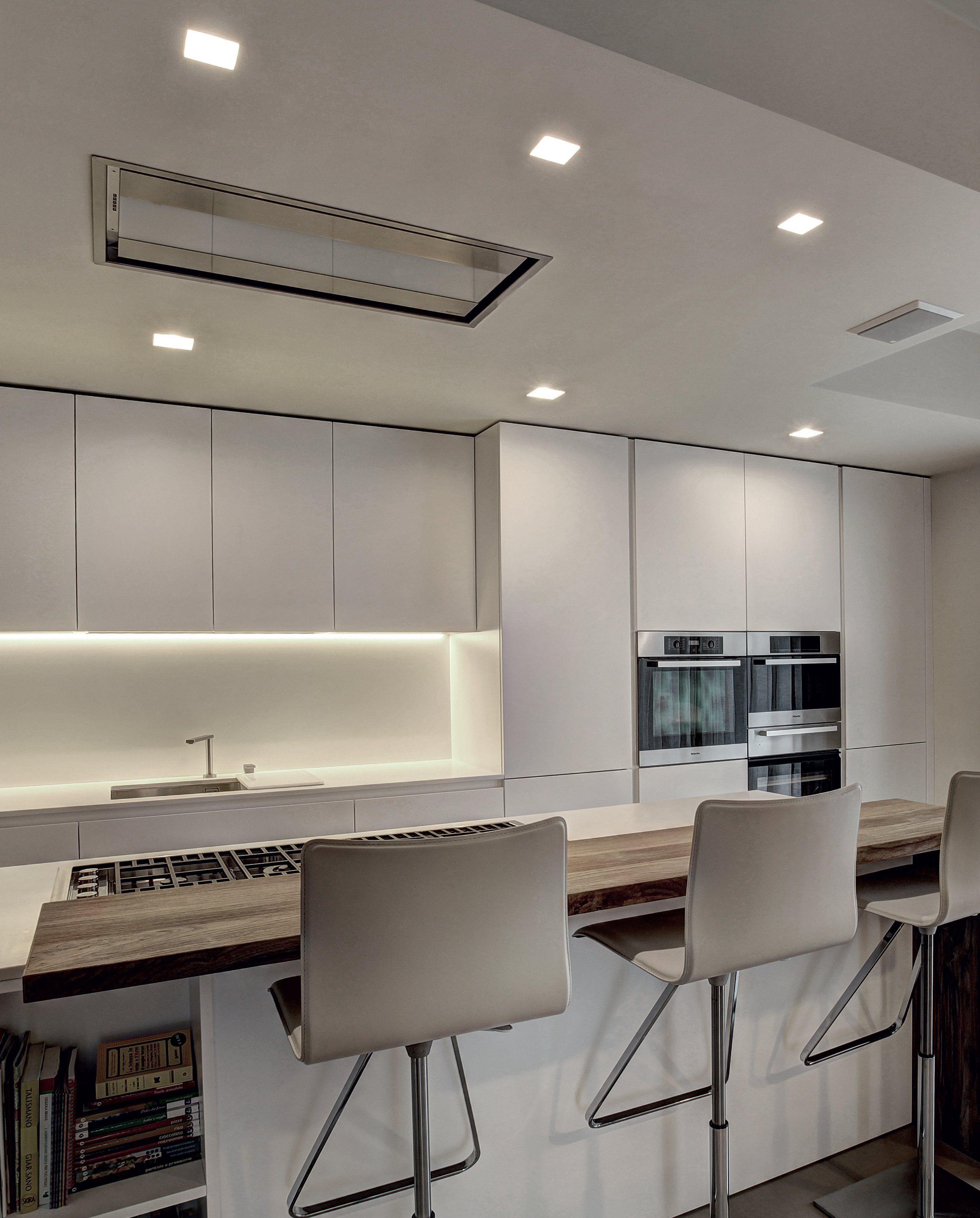 Best illuminazione cucina con faretti ideas home for Faretti casa classica