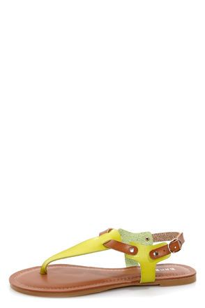 Bamboo Morris 67 Lime and Tan T-Strap Thong Sandals