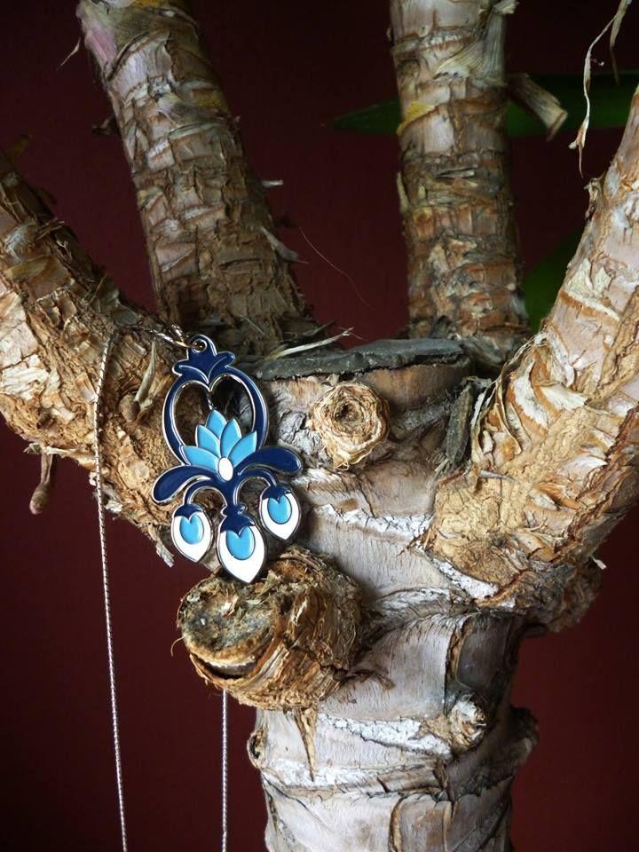 """Premières photos de mon pendentif #pendant """"jewels #lotus #blue #necklace #pendentif #bijou #bleu #collier #bouclesdoreilles #handmade"""