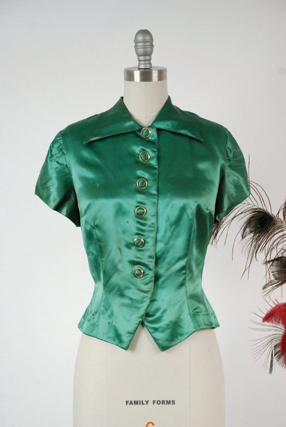 The Essential 1940s Style Blouse Vintage Frills: Vintage 1940s Blouse Glossy Green Satin Late 40s Short