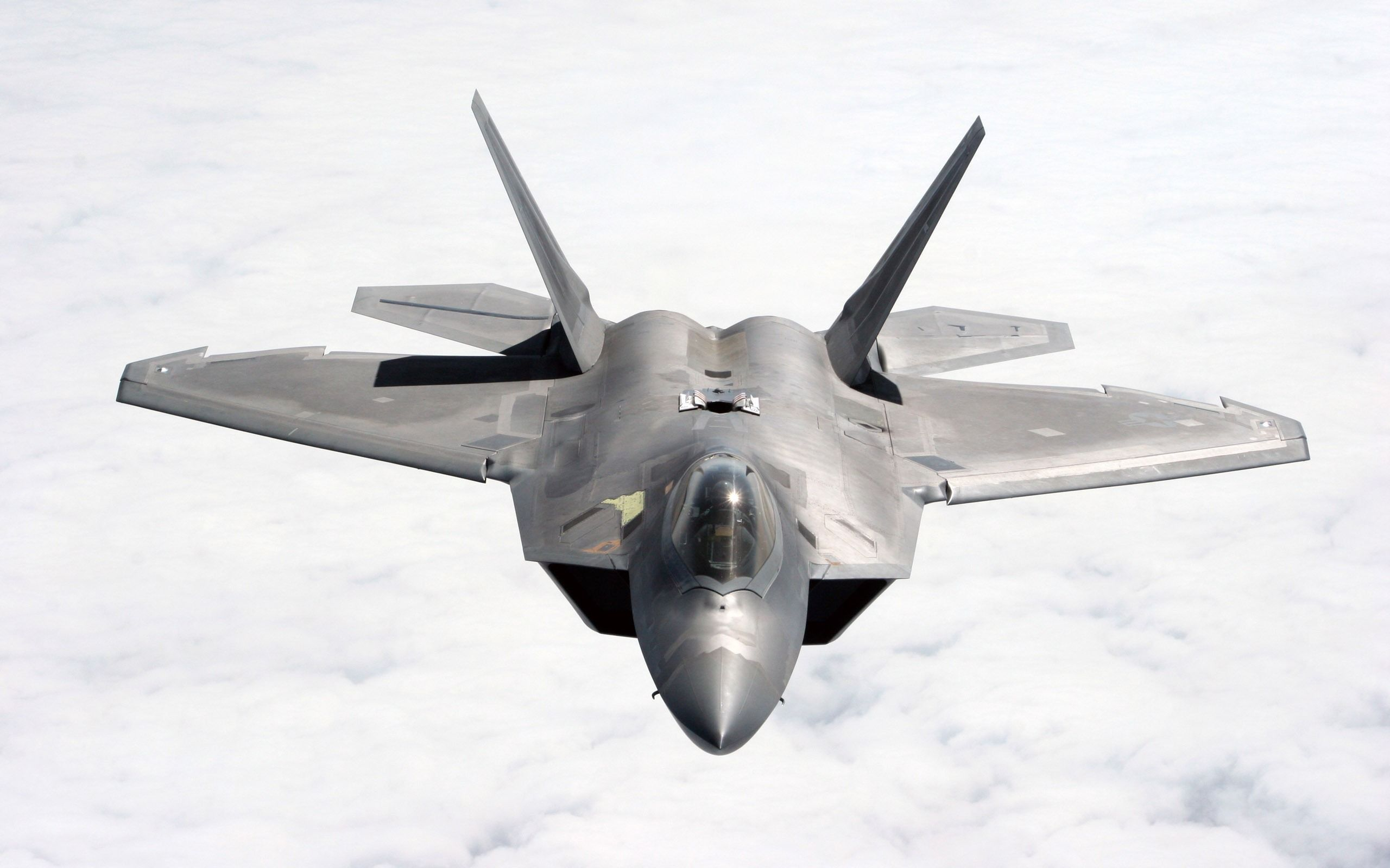 4 X LOCKHEED MARTIN F-22 RAPTOR PHOTOGRAPHS 2
