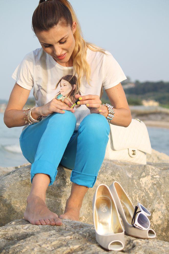 jeans colore del mare