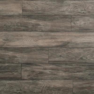 Helvetic Floors Eir Grandcour Oak 10mm Thick Laminate