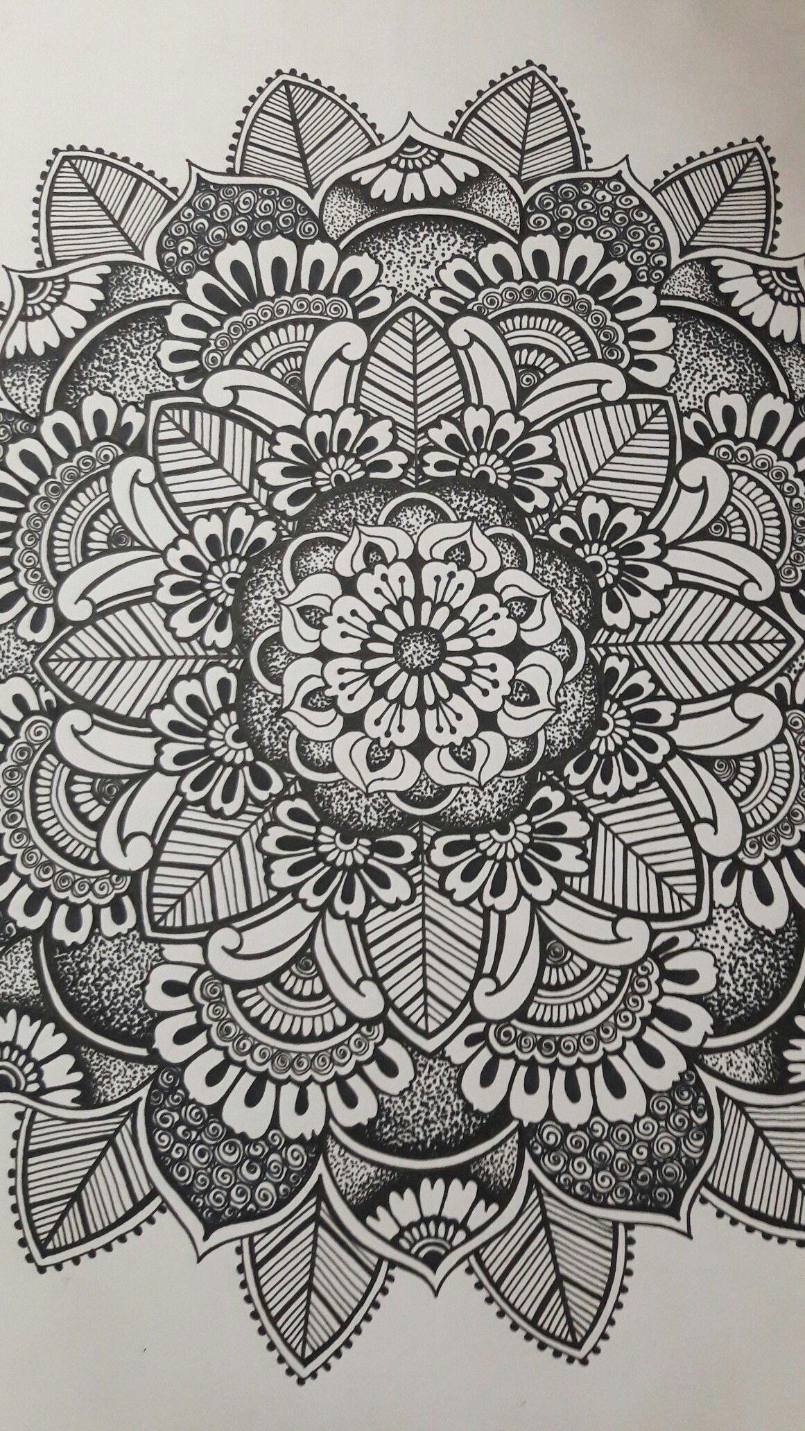 #mandala#black-and-white #zen#circle