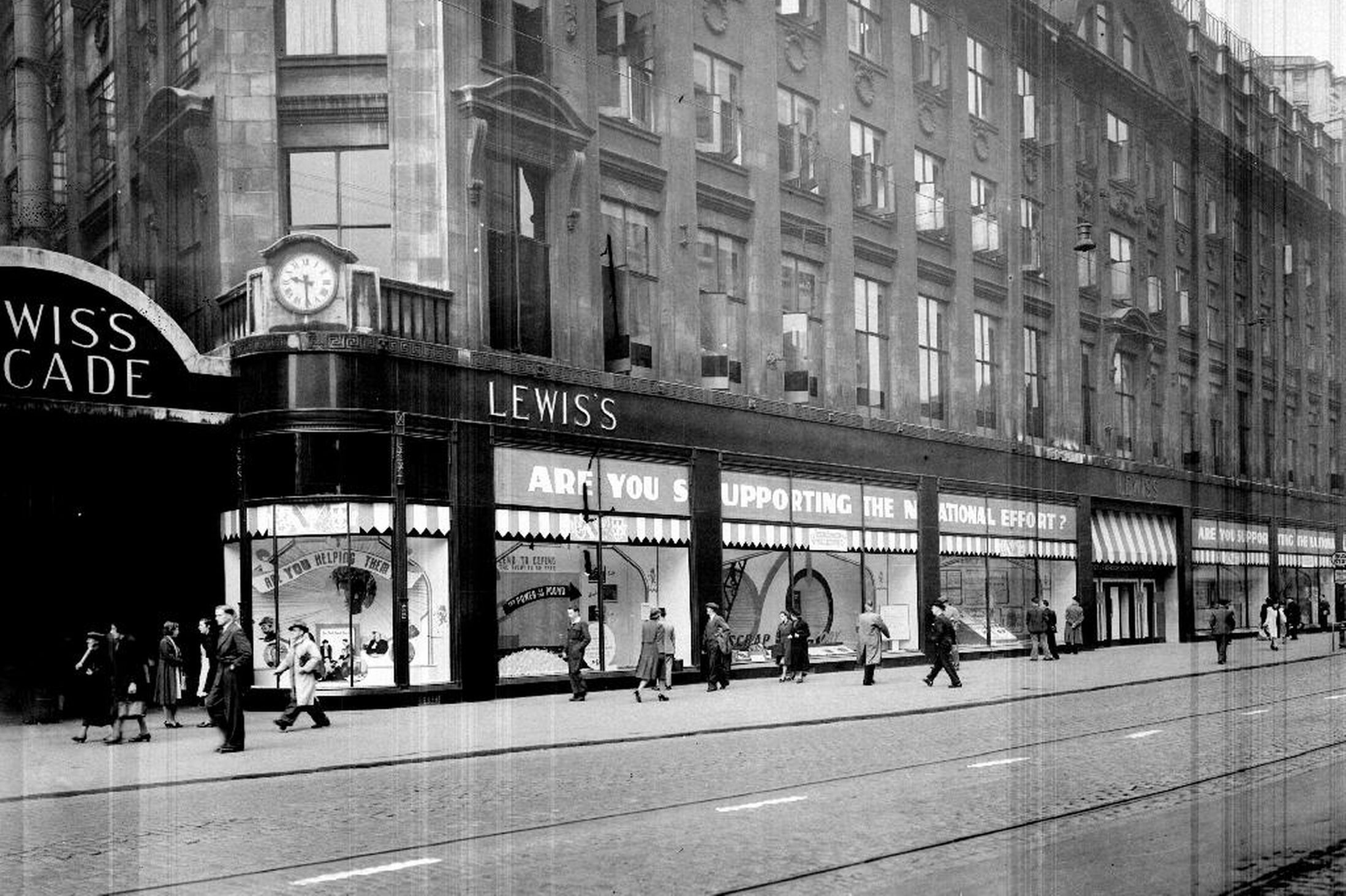 Lewis's department store, Manchester (now Primark) in 1940 - Manchester Evening News