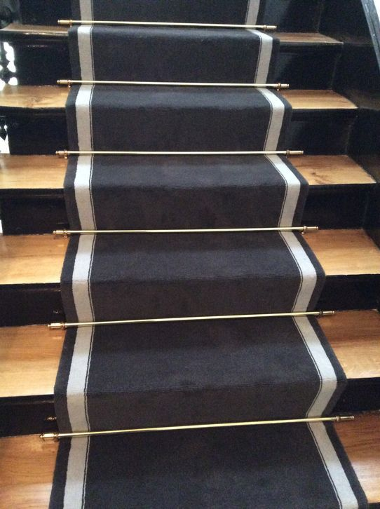 tapis d 39 escalier parties communes pinterest. Black Bedroom Furniture Sets. Home Design Ideas