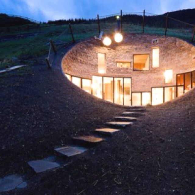 Amazing house inside a hill | Favorite Places & Spaces | Pinterest ...